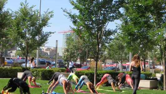 Courtyard yoga July 31st 2015 5